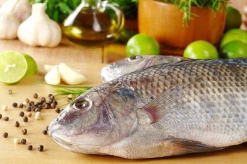 Khử mùi tanh của cá bằng chanh